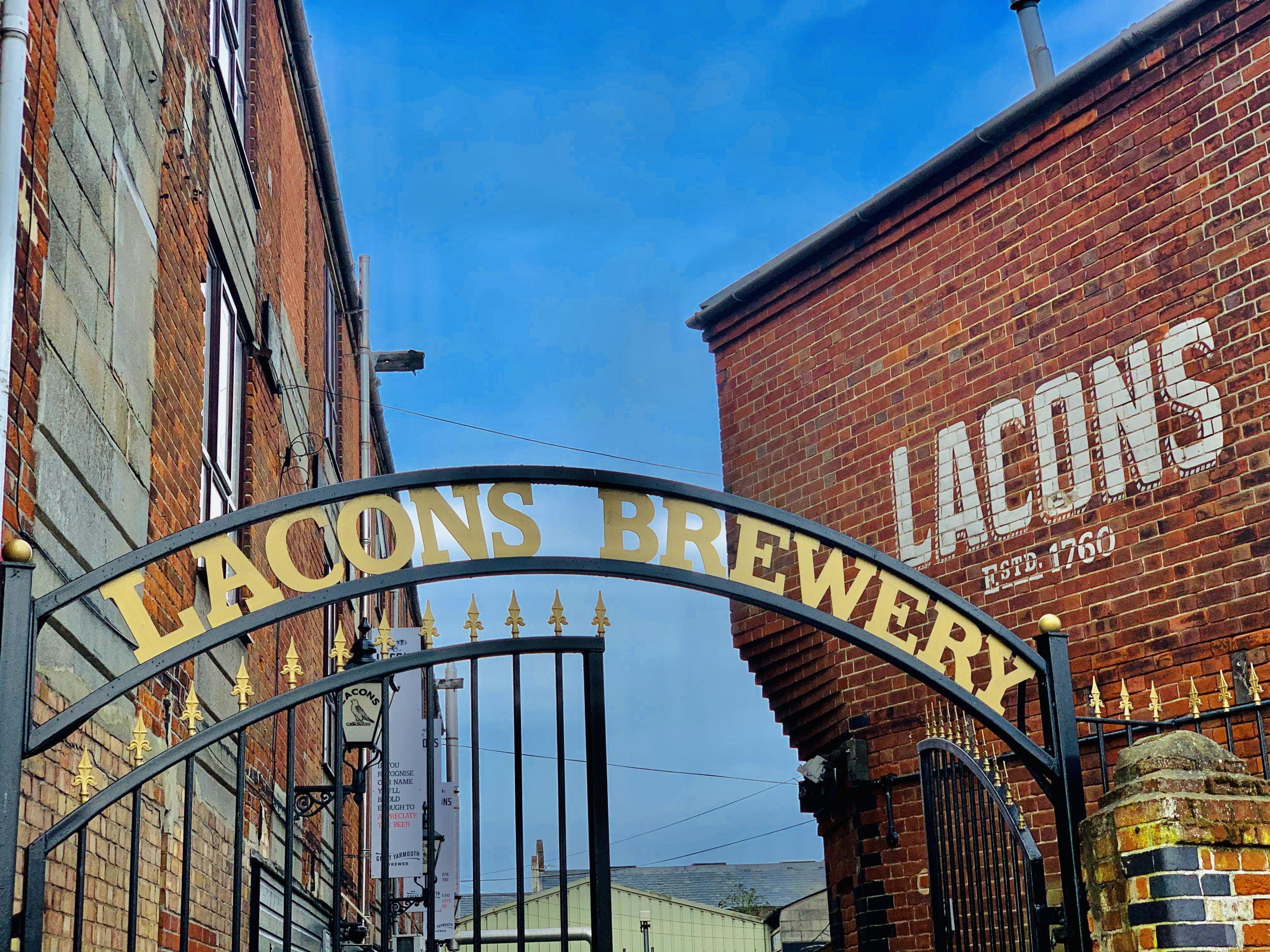 Lacons Gate